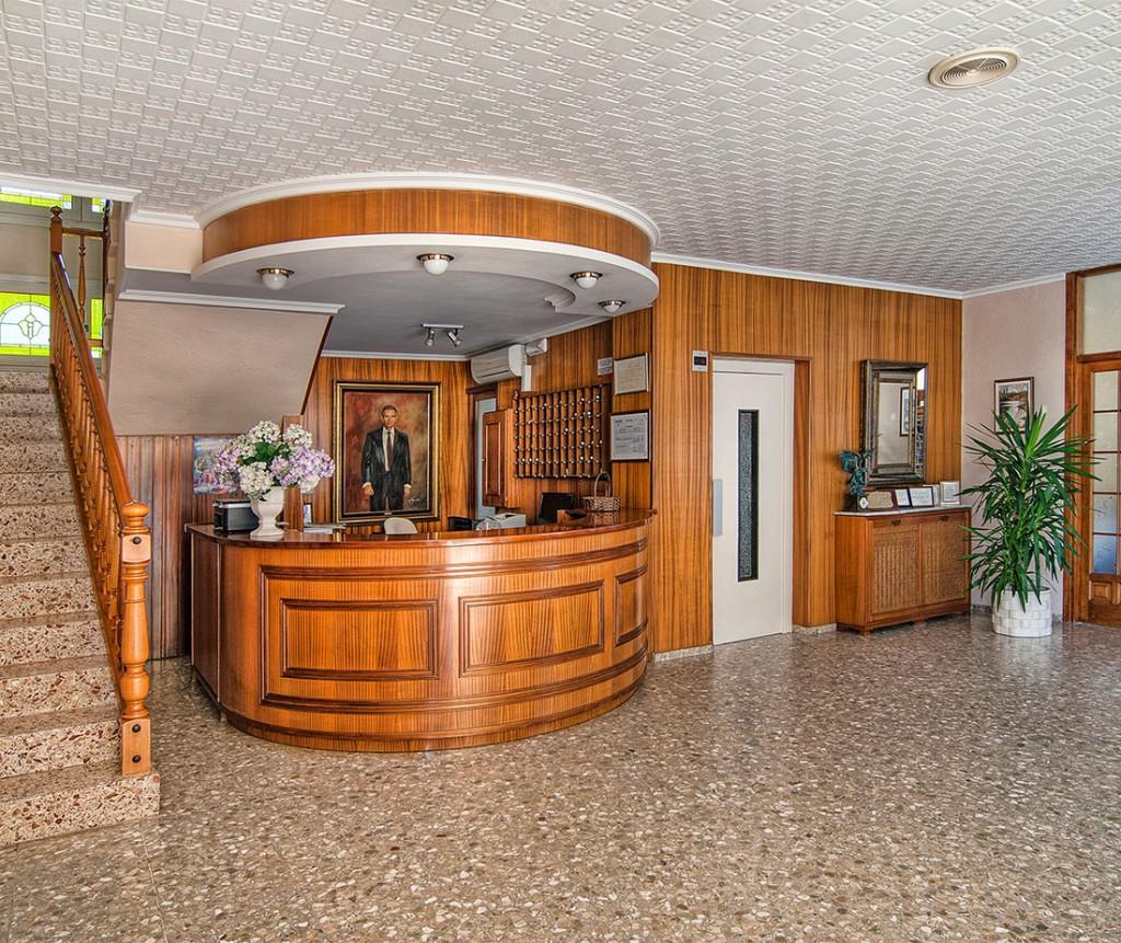 Recepción Hotel Vista Alegre en Benicassim